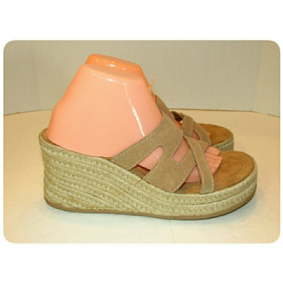 Splash Shoes - Women's Splash Brand Leather Wedge Sandal Size 10