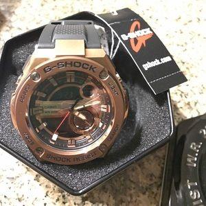 G-Shock Men Analog Rose-gold Black Strap Watch!