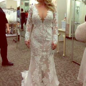 Dresses & Skirts - Long Sleeve Lace Wedding Dress!