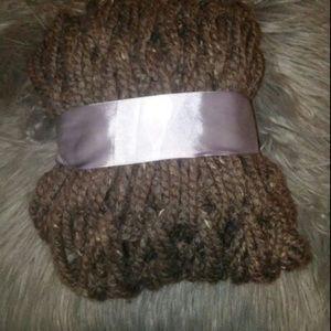 arm knit scarfs