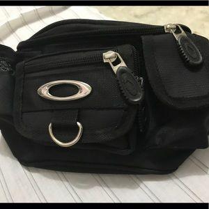 Oakley Fannie pack