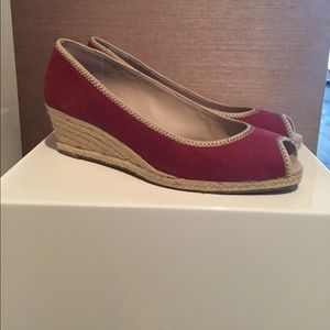 Red espadrilles wedges