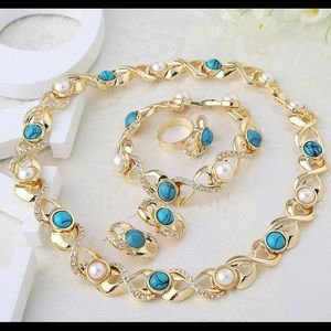 18k gold plated jewelry set.