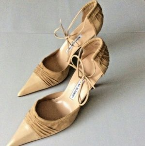 Manolo Blahnik d'Orsay High Heel