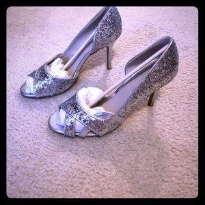 Aldo Sz 9 sparkly silver heels