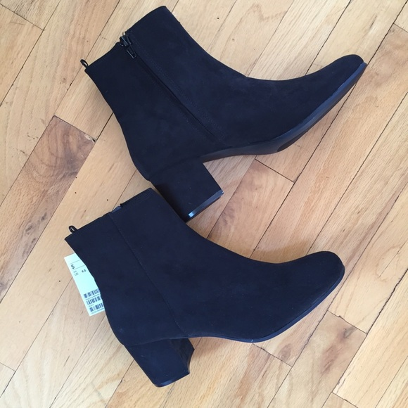 H&M Shoes - New black H&M booties size 9.5