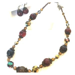 Jewelry - Necklace and Earrings Jewelry Set Cats eye beads