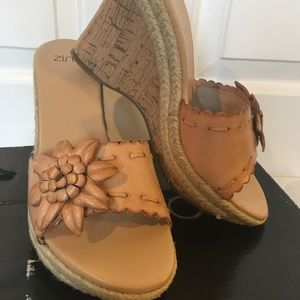Wedge Heels Cork Leather Flower Size 7 by Zinc