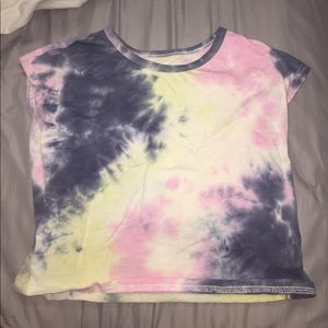 tie-dye cap sleeve crop top