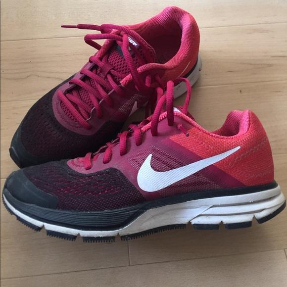 3243fb30c907 Nike Shoes - Nike Pegasus 3.0 running shoes