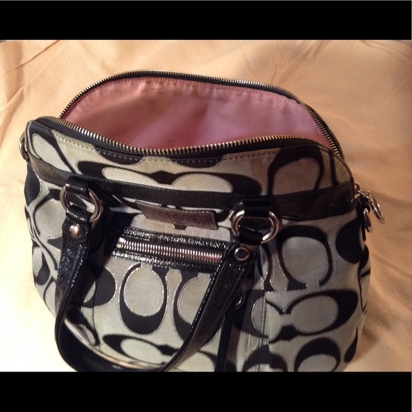 Coach Handbags - Coach poppy gray & black purse... Large purse