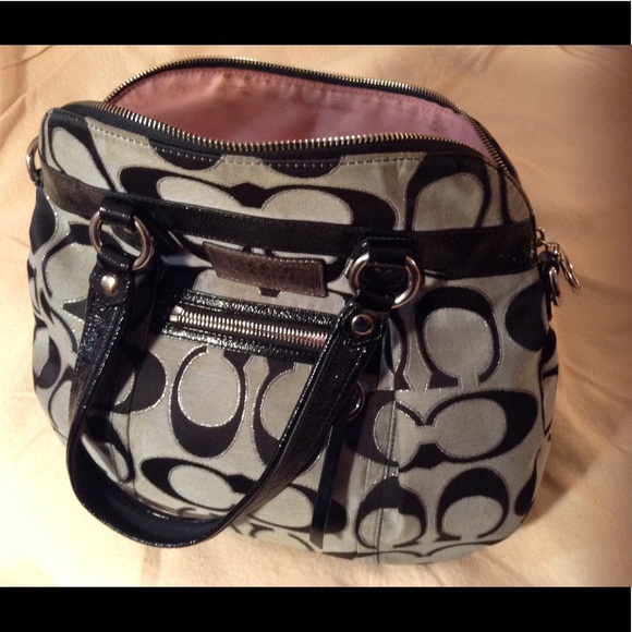 Coach Bags - Coach poppy gray & black purse... Large purse