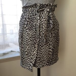 Zara Skirts - Zara Faux wrap printed skirt size 6/Medium