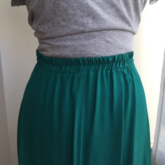 Mango Skirts - MANGO GREEN SATIN MAXI SKIRT SIZE 4