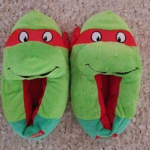TMNT slippers