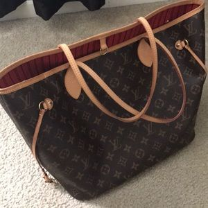 💯Auth Louis Vuitton Neverfull Neo MM (Red)