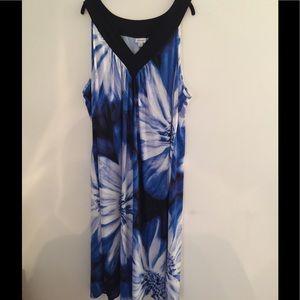 AVENUE maxi dress (black, blue and white)