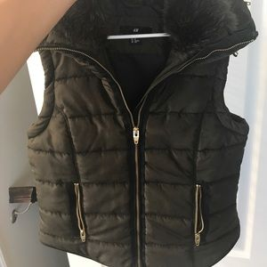 H&M Hooded Puffer Vest