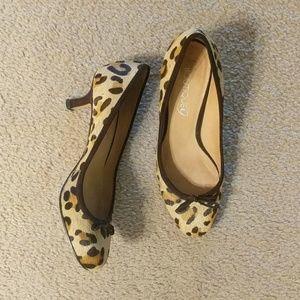 ⭐Boutique 9 leopard print calf hair kitten heels