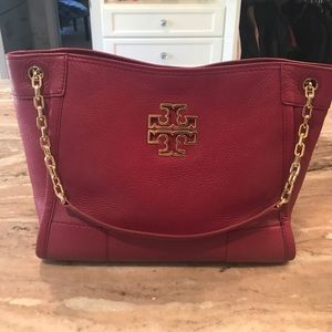 Tory Burch Britten tote. Used but in great shape.
