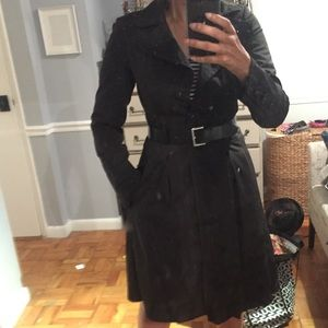 Black raincoat / trench with a belt from Zara