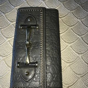 Gucci wallet , authentic!!!