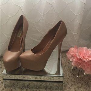 Steve Madden Deja Vu heels