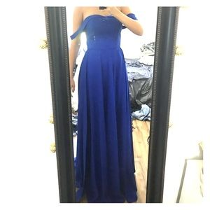 Blue prom gown strapless