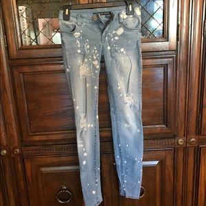 Size 3 jeans - fashion nova - never worn