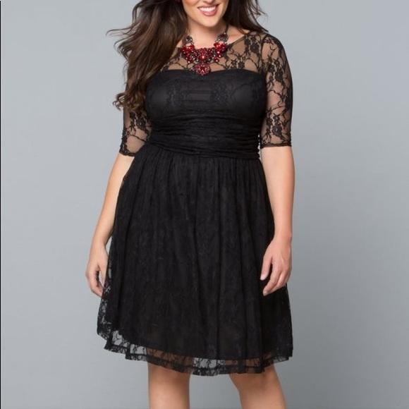 Kiyonna Dresses & Skirts - Black and nude lace dress