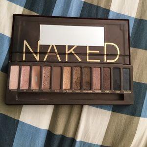 Naked 1 palette