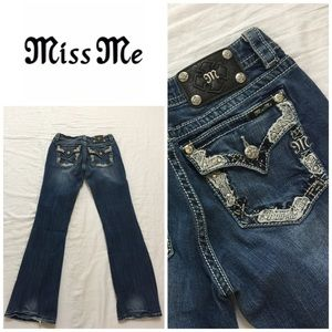 Miss Me Flap Pocket Relaxed  Bootcut Jeans 👖