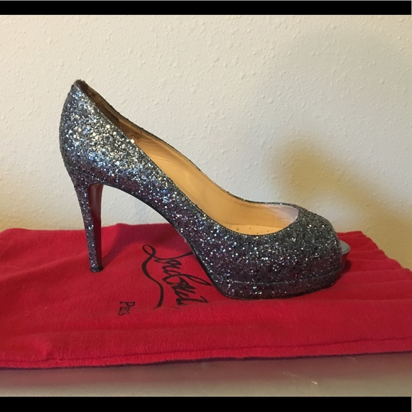 size 40 074af 9bc2b Christian Louboutin sparkly heels
