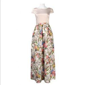 Adrianna Papell SZ 4 Ivory Floral Maxi Dress