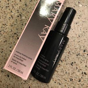 Brand new Mary Kay Makeup Finishing Spray