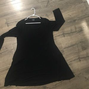 Long sleeve black swing dress with pockets!
