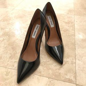 STEVE MADDEN - Pronto Black Leather Pump - Size 7
