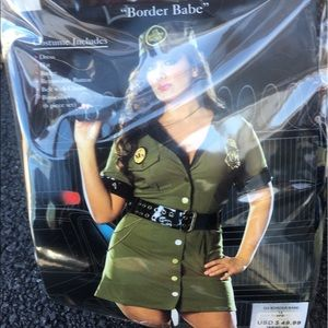 Border babe 1X Halloween costume