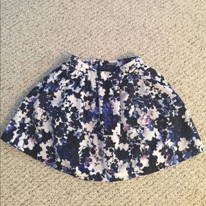 Express blue and purple floral full mini skirt