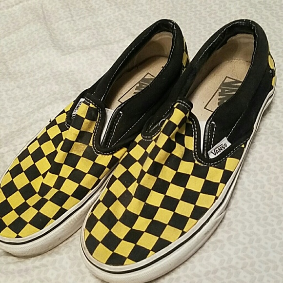 5511381acd8a57 Black and yellow checkered vans. M 59c69205620ff71fb7078155