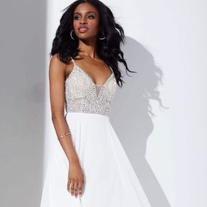 JVN Off-White Prom/Homecoming Dress