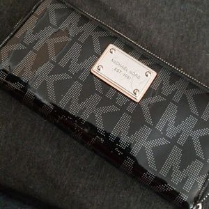 Michael Kors clutch wallet