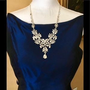 Filigree Crystal Statement Necklace Earring Set