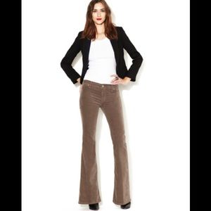 MOTHER The Curfew Flare Jeans in Cappuccino