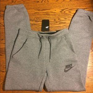NWT! Nike Women's Gray Loose Rally Sweatpants XS