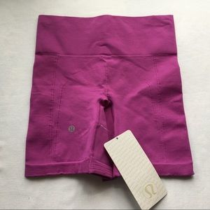 Lululemon Sculpt Short in Regal Plum - NWT