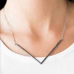 Silver V pendant necklace with earrings