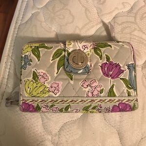 ❤️New Item❤️Vera Bradley wallet