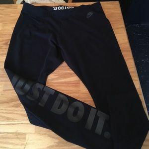 Nike just do it Women's Size XL leggings