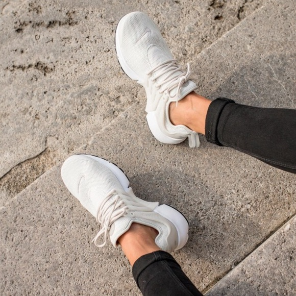 info for 8b849 ee4c7 NWT Nike Air Presto light bone